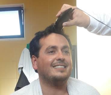 Jogadores rapam cabelo ao Presidente