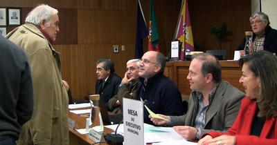 O Grande Momento da Assembleia Municipal: Sousa Gomes surpreende Pedro Ribeiro e Paulo Caetano (VÍDEO)