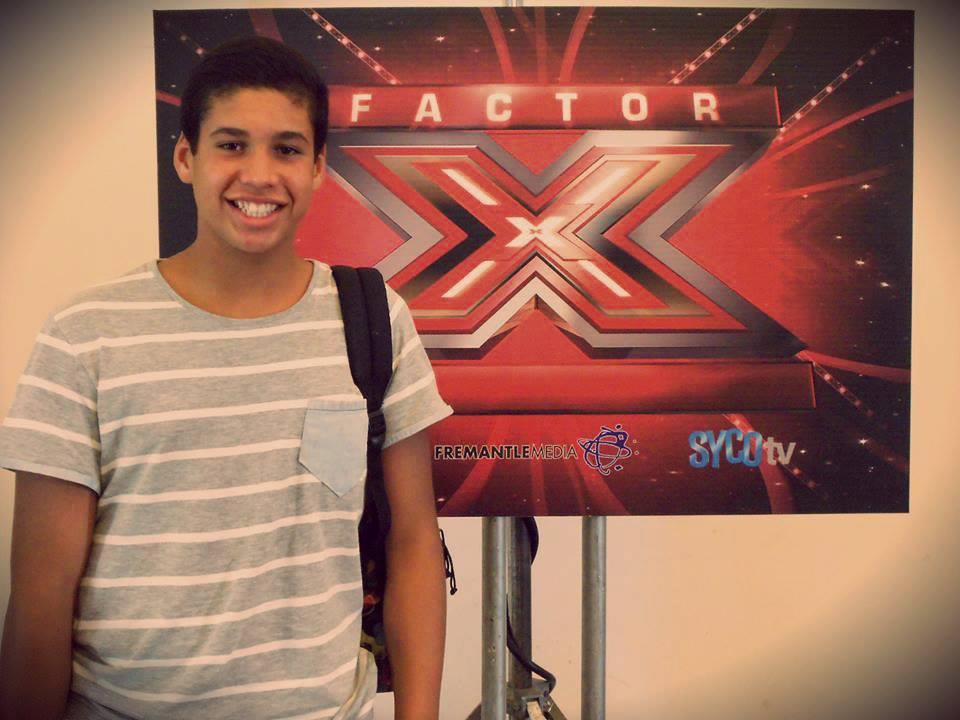 Almeirinense à conquista do Factor X