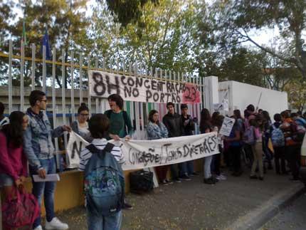 Estudantes de Alpiarça em protesto contra cortes na Educação
