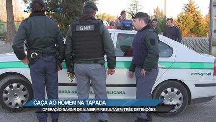GNR monta operação e detém três pessoas. Almeirinense TV tem imagens