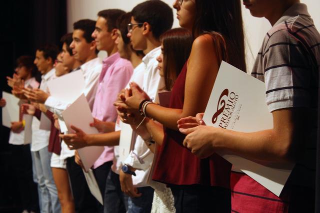 Prémios Dr. António Cláudio: Confira a lista dos melhores alunos do concelho